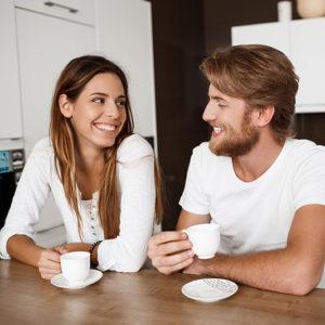un couple qui achète un programme immobilier neuf